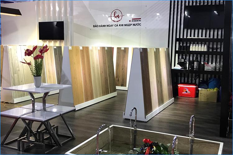 Sàn gỗ Hoàn Nhung tại hội chợ Vietbuild 2017