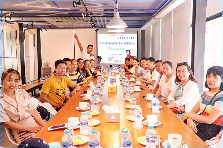 Kosmos Việt Nam cùng giao lưu học hỏi với các chuyên gia sàn gỗ tại Thái Lan